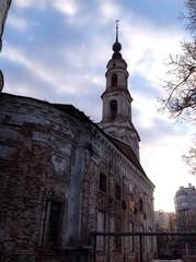 колокольня старинной церкви