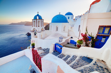 Obraz Oia miasteczko na wyspie Santorini, Morze Egejskie - fototapety do salonu
