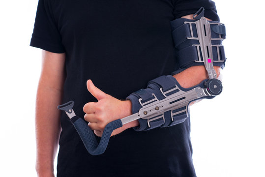 broken arm with thumb up
