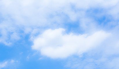 blur white cloud and blue sky background image