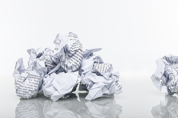 Papier zerknüllt Altpapier