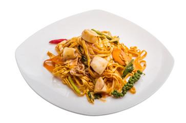 Fried noodles with calamari