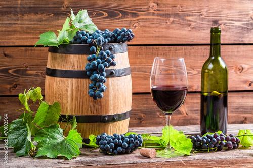 вино, бочка, скрипка, виноград без смс