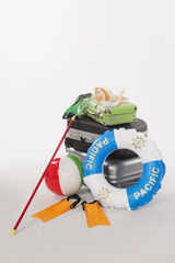 Koffer,Gepäck,Lebensretter,Fischernetz und Tauch eqipment
