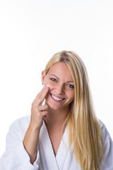 Gesichtspflege mit einer Creme