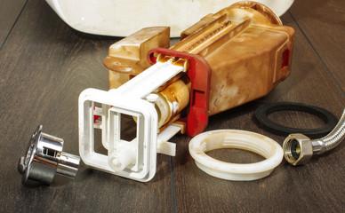 Broken toilet flushing mechanism