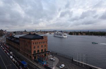 Стокгольм. Швеция. Вид на Старый город с воды.