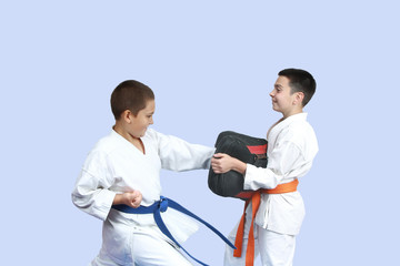 Blow on simulator is beat athlete with a blue belt