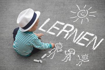 Kinderzeichnung - LERNEN