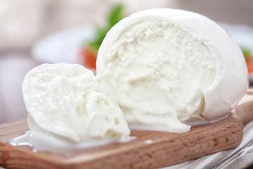 Photo sur Plexiglas Buffalo Buffalo mozzarella