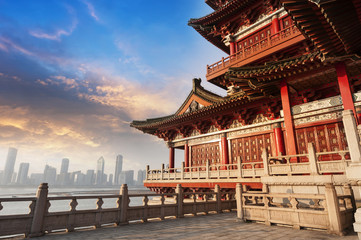 Fotobehang Monument Blue sky and white clouds, ancient Chinese architecture