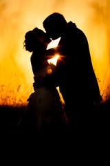 Obraz Romantyczny pocałunek - fototapety do salonu