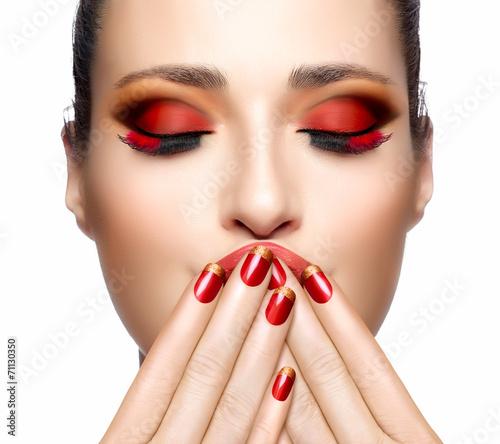 макияж в красных тонах фото