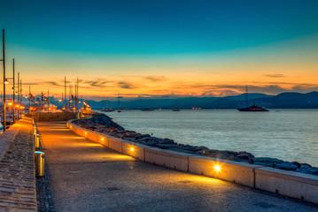 Порт Сан Тропе на закате