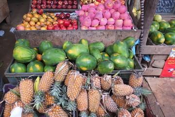 Etalage de fruits à Kandy au Sri-Lanka