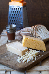 Russian cheese and parmesan with white bread