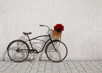 retro bicycle with basket and flowers