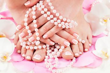 Fotorollo Pediküre manicure and pedicure