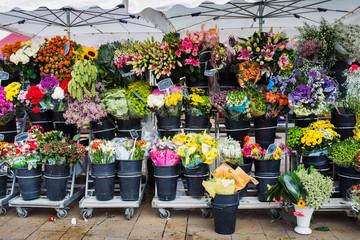 Saturday market in Beaune, Dordogne, France