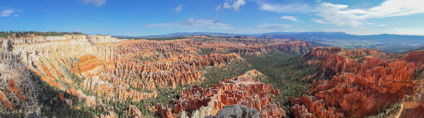 beautiful panorama of bryce canyon national park