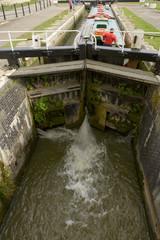 narrow lock on canal, Bradford on Avon