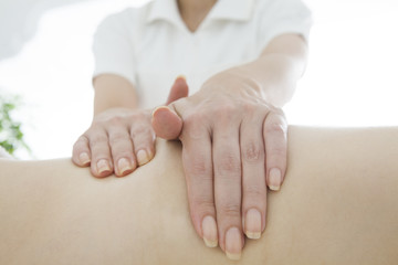 Hands of the masseur