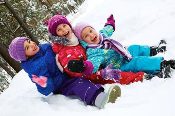 """kids snow sledding""的图片搜索结果"