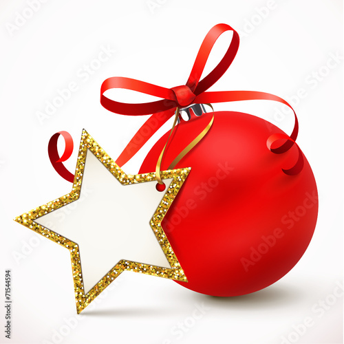 rote weihnachtskugel mit schleife u stern etikett stockfotos und lizenzfreie vektoren auf. Black Bedroom Furniture Sets. Home Design Ideas