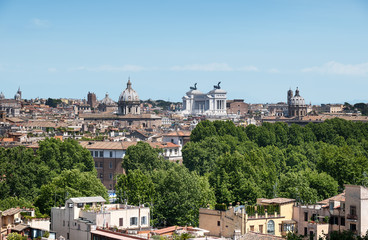 Rome Skyline, Vittorio Emanuele Monument is visible.