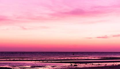 Keuken foto achterwand Candy roze Fiery Backdrop Evening Scene