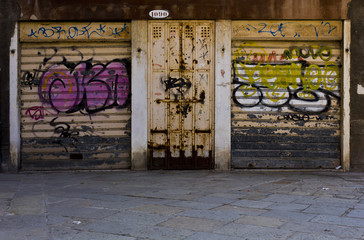 Graffiti box in Venice