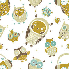 Cute seamless pattern with owls.