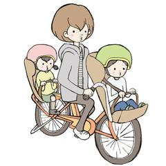 自転車に子供を乗せるお母さん