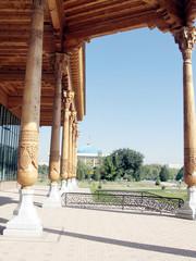 Tashkent Almazar columns of Gallery 2007