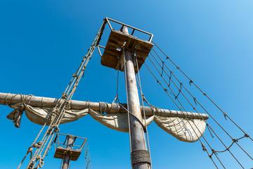 Mast of the sailing ship