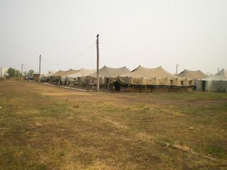 Военные палатки, военный лагерь