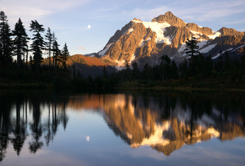 Mount Mt. Shuksan High Peak Picture Lake North Cascades