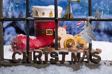 Weihnachtsmann Stiefel vor dem Haus