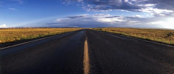 Amerikanischer Highway bei Gallup, USA