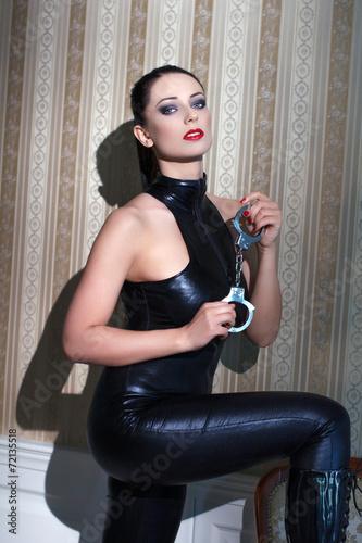 Молодая госпожа видео порно