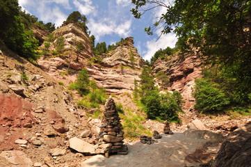 Steinhaufen in der Bletterbachschlucht