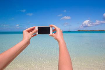 Close up phone background turquoise sea