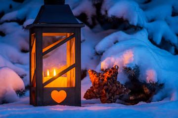 bilder und videos suchen winterabend. Black Bedroom Furniture Sets. Home Design Ideas