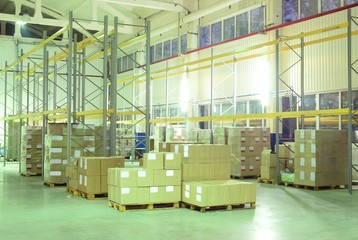 Light warehouse with yellow boxes