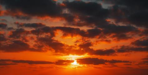Fotobehang - orange and black sky
