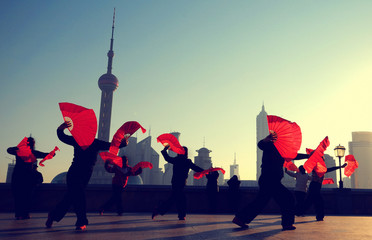 Aluminium Prints Shanghai Traditional Chinese Dance with Fans