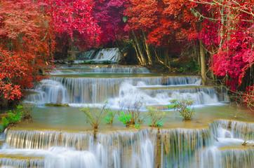 Tuinposter Natuur Waterfall in deep rain forest jungle (Huay Mae Kamin Waterfall i
