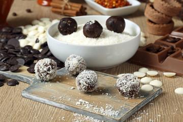 tartufi di cioccolato con cocco