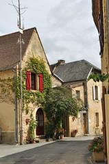 St leon sur Vezere