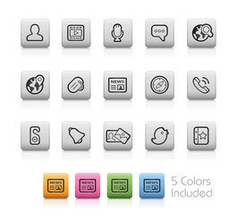 Social Icons / The vector includes 5 colors in different layers